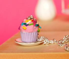 Cupcake kawaii sprinkles necklace